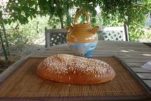 panetta sucrée faite par le boulanger de Bisinchi.  photo@jpg